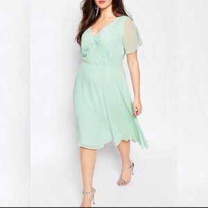 ASOS Curve mint green size US 20